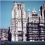 ST5545 : Wells Cathedral by Elliott Simpson