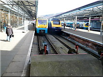 SS6593 : Platforms 1 and 2 viewed from the buffers, Swansea railway station by Jaggery