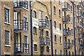 TQ3379 : Shuter's Wharf & St.George's Wharf by Richard Croft