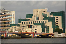 TQ3078 : SIS Building by Richard Croft