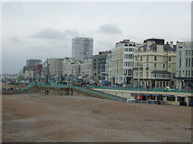 TQ3103 : Brighton beach and seafront by JThomas