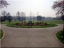 TQ3095 : Flowerbed, Oakwood Park, London N14 by Christine Matthews