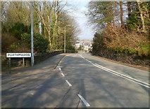 SH5638 : Southern boundary of Porthmadog by Jaggery