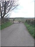 SE2526 : Footpath - Scotchman Lane by Betty Longbottom