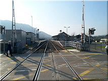 SH5639 : Porthmadog railway station viewed from the level crossing by Jaggery