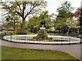 SU6300 : Ornamental fountain, Victoria Park by Paul Gillett