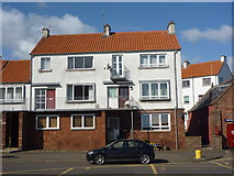 NT6779 : East Lothian Architecture : 3 to 9 (odd) Victoria Place, Dunbar by Richard West