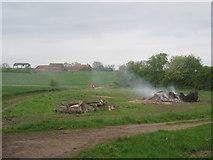 SK6959 : Bonfire and Holywell Farm by Jonathan Thacker