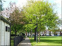 TQ2672 : Path, Garratt Green by Robin Webster