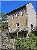 SD9726 : Riverside house by John Illingworth
