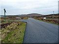 NF8873 : The A865 towards Lochmaddy by John Allan