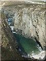 SW7658 : Geo, Hoblyn's Cove by N Chadwick