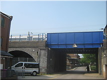 TQ3581 : Railway Bridge on Stepney Causeway by David Anstiss