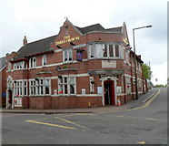 SO9490 : The Three Crowns, Dudley by Jaggery