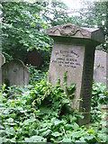 TQ3386 : 1902 gravestone at Abney Park by Dave Pickersgill