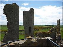NU2521 : Coastal Northumberland : Dunstanburgh Castle by Richard West