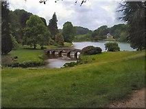 ST7733 : Lake & Palladian Bridge, Stourhead Gardens by Paul Gillett