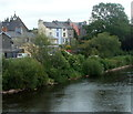 SO0428 : Riverside houses, Brecon by Jaggery