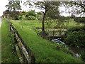 SU9528 : Pond at Pheasant Court Farm by Colin Smith
