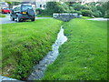 SW5829 : Small Stream by Raymond Cubberley