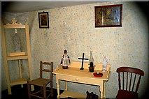 R4560 : Bunratty Park - Site #7 - Shannon Farmhouse Bedroom by Joseph Mischyshyn
