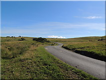 NS2916 : Road on Brown Carrick Hill by Billy McCrorie