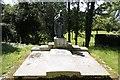 SU2698 : An impressive grave by Bill Nicholls
