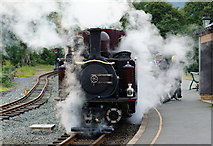 SH5848 : Why it's Called a Steam Engine by Peter Trimming