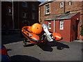 NT5585 : Coastal East Lothian : Smile, Orange! by Richard West