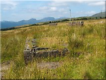 NS2589 : Remains of accommodation camp by Lairich Rig