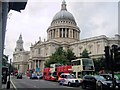 TQ3281 : St Paul's cathedral by Paul Gillett
