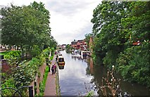 SO8171 : Staffordshire & Worcestershire Canal in Stourport-on-Severn town centre by P L Chadwick