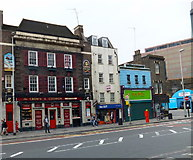 TQ3179 : The Crown and Cushion, Westminster Bridghe Road, Waterloo by PAUL FARMER