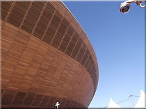TQ3785 : Wood panelling of the Velodrome, Olympic Park E15 by Robin Sones