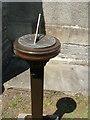 ST3659 : Locking sundial by Jaggery