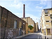 TQ3382 : Shoreditch, brewery chimney by Mike Faherty