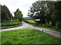 SO3206 : Minor road junction near Nant-y-derry by David Gearing