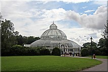 SJ3787 : The Palm House, Sefton Park, Liverpool by El Pollock