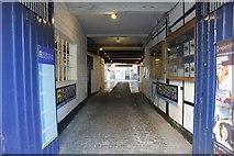 SU7682 : Alley to the back by Bill Nicholls