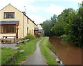 SO1122 : Canalside houses, Talybont-on-Usk by Jaggery