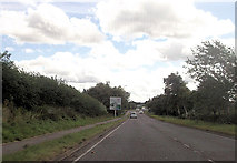 SP7006 : Roundabout warning signs on approach to Thame by John Firth