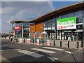 TL4658 : New shops, Cambridge Retail Park by Hugh Venables