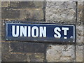 TQ7656 : Old sign for Union Street by Mike Quinn