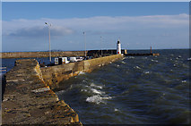 NO5603 : Anstruther harbour walls by Ian Taylor