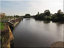 SO8453 : River Severn downstream of the canal junction by Christine Johnstone