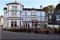 NY3704 : White Lion Hotel by Robert Struthers