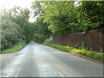 TQ0084 : Fulmer Common Road by Alexander P Kapp