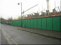 SU6351 : Protective fencing - Southern Road by Sandy B