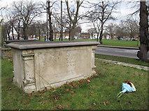 TQ1977 : St Anne's church, Kew: Zoffany tomb by Stephen Craven