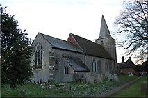 TQ9245 : St Nicholas' church, Pluckley by Julian P Guffogg